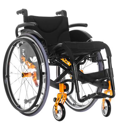 Активное инвалидное кресло-коляска Ortonica S 3000 с независимой подвеской.