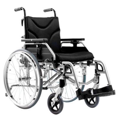 Инвалидное кресло Ortonica Trend 10R со складной рамой и возможностью индивидуальной регулировки ремней спинки.